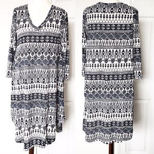 Pink Owl Knit Tunic Dress Cream / Blue Mosaic L